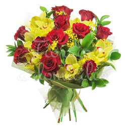 bouquet-rose-rosse-orchidee-gialle-mimosa